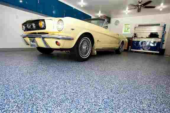 Orbit really helps this vintage Mustang pop!