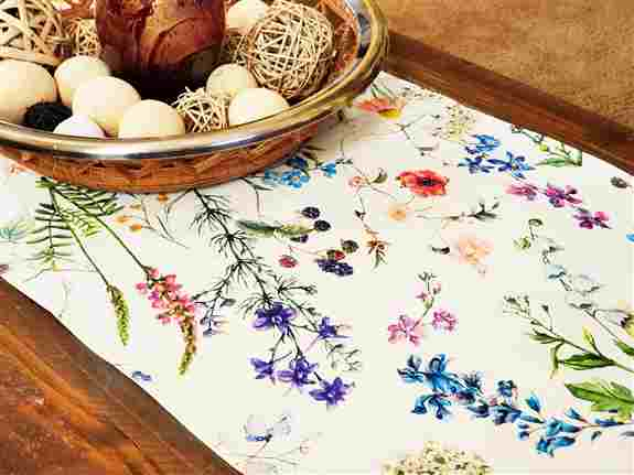 Provence Décor offers an exclusive collection of French Acrylic Cotton Coated Table Runners. They are made of 100% heavy high quality cotton with a soft wipe clean acrylic matte satin finish to prevent stains. These elegant and gorgeous patterns are uniqu