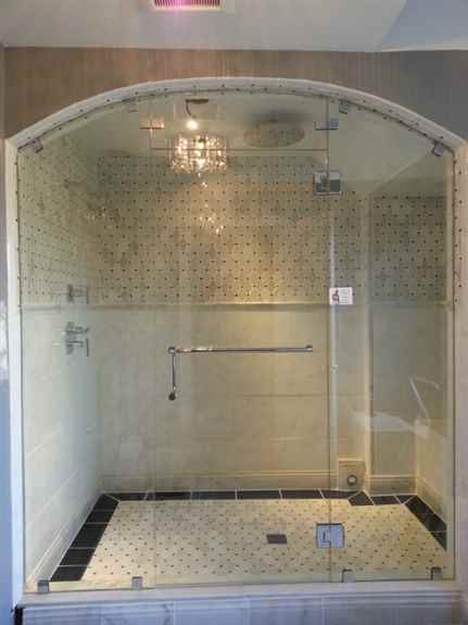 Frameless Arched Top Shower w/steam vent