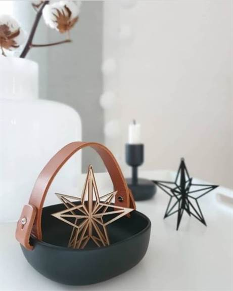 Wooden stars that are made of Finnish birch.