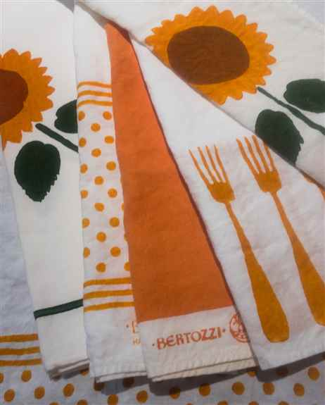 Happy Colors and Designs.<br />Great color selection of the fork pattern in both pure linen and cotton blend. Polka dots, stripes and chequers galore!