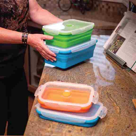 Flat Stacks space-saving, collapsible storage containers save on valuable kitchen space (up to 60%)! These versatile and colourful containers collapse flat for easy stacking when not in use. Available in a variety of shapes and sizes. BPA and BPS free.