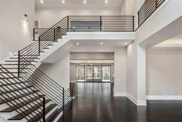 Modern Freestanding Stair w/Horz. Iron rails