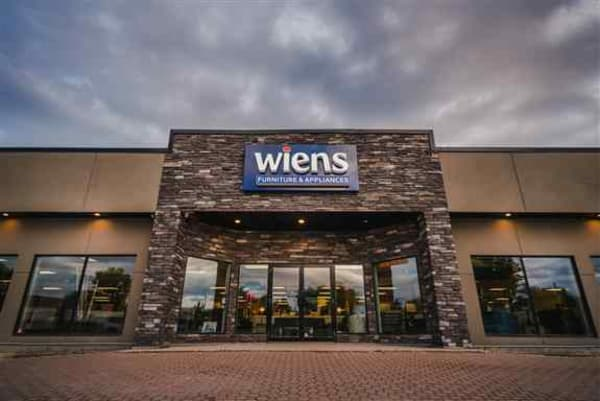 Wiens Furniture & Appliances, Niverville, MB