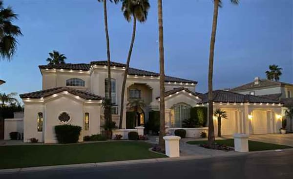 Decorative & security lighting, even outside the holidays