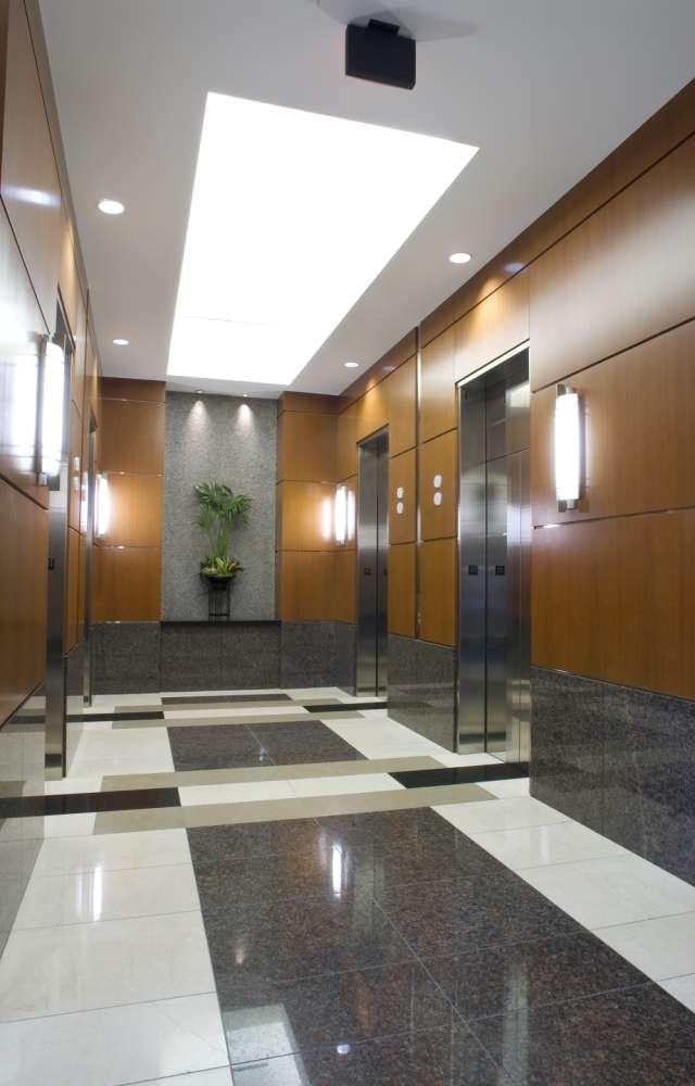 Office Dallas, 75225 - 8343 Douglas