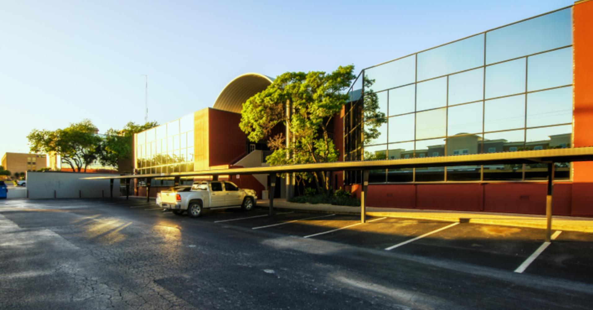 Office San antonio, 78216 - Mac 37 Office Building