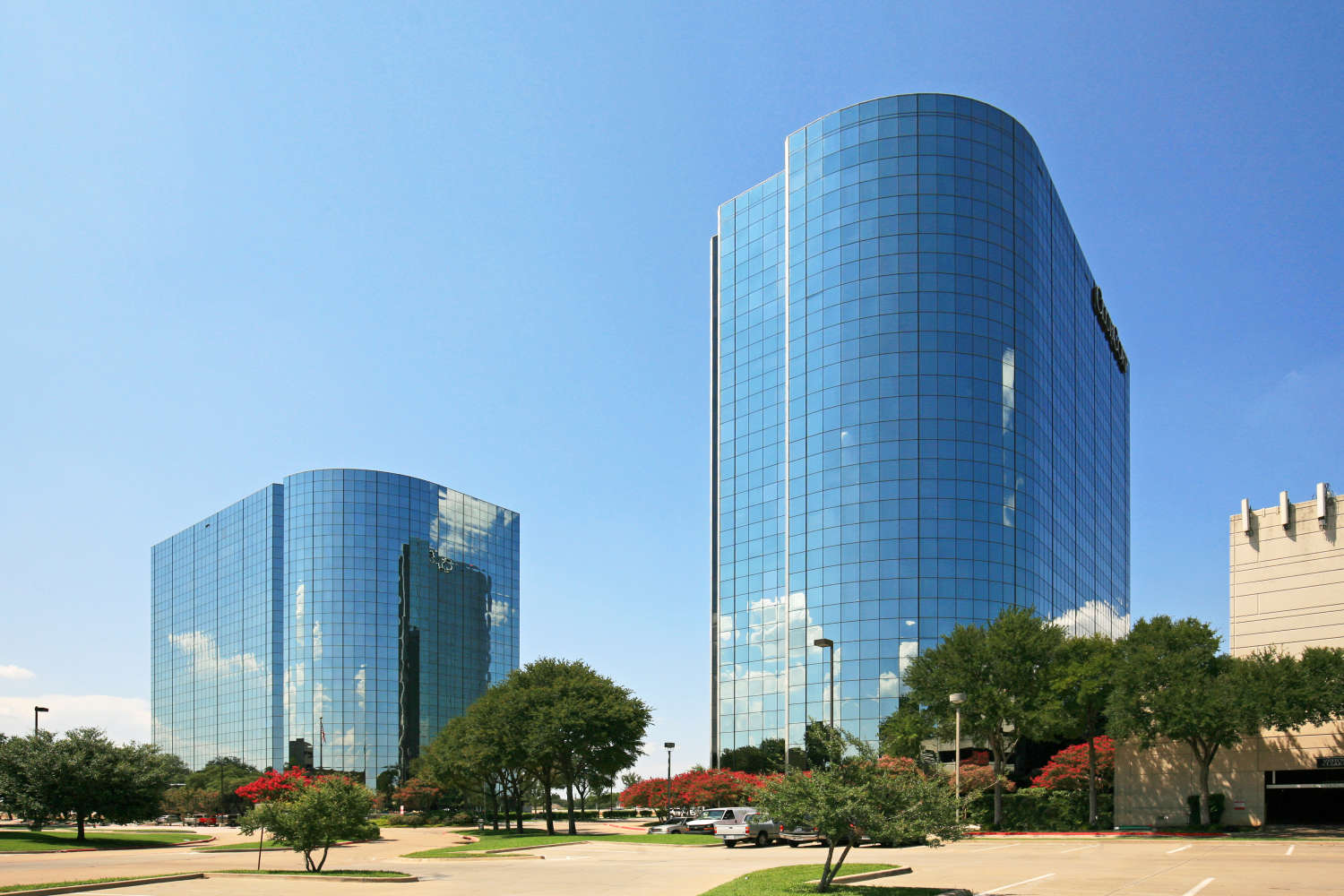 Office Dallas, 75234 - Element Towers East