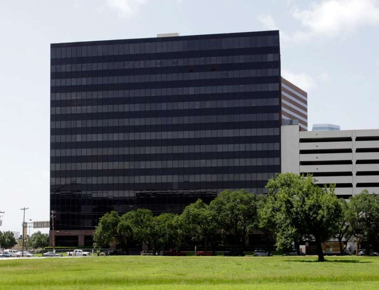 Office Houston, 77027 - Burns & McDonnell Plaza