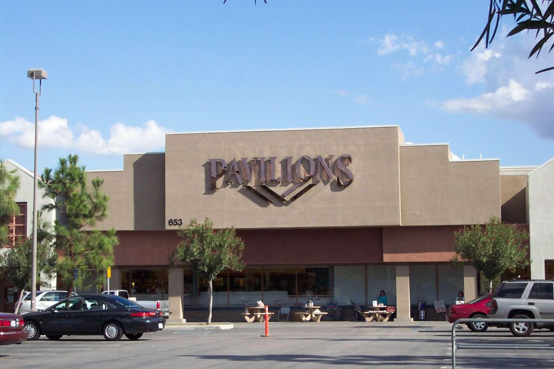 Retail West hills, 91307-3218 - Platt Village