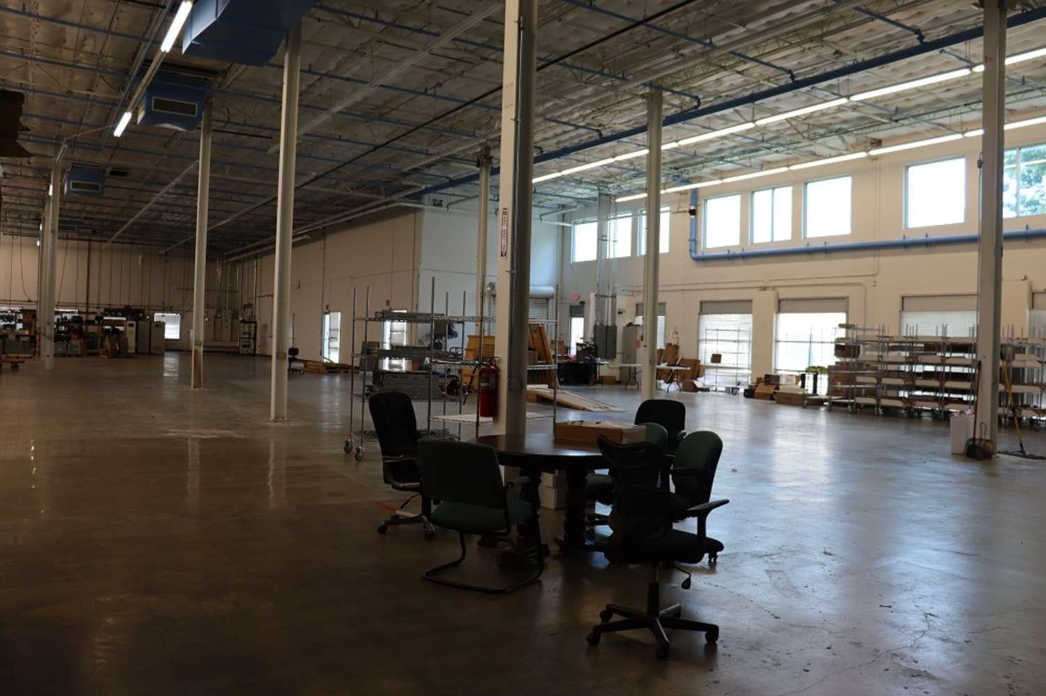Industrial Irving, 75063 - 8101 Royal Ridge