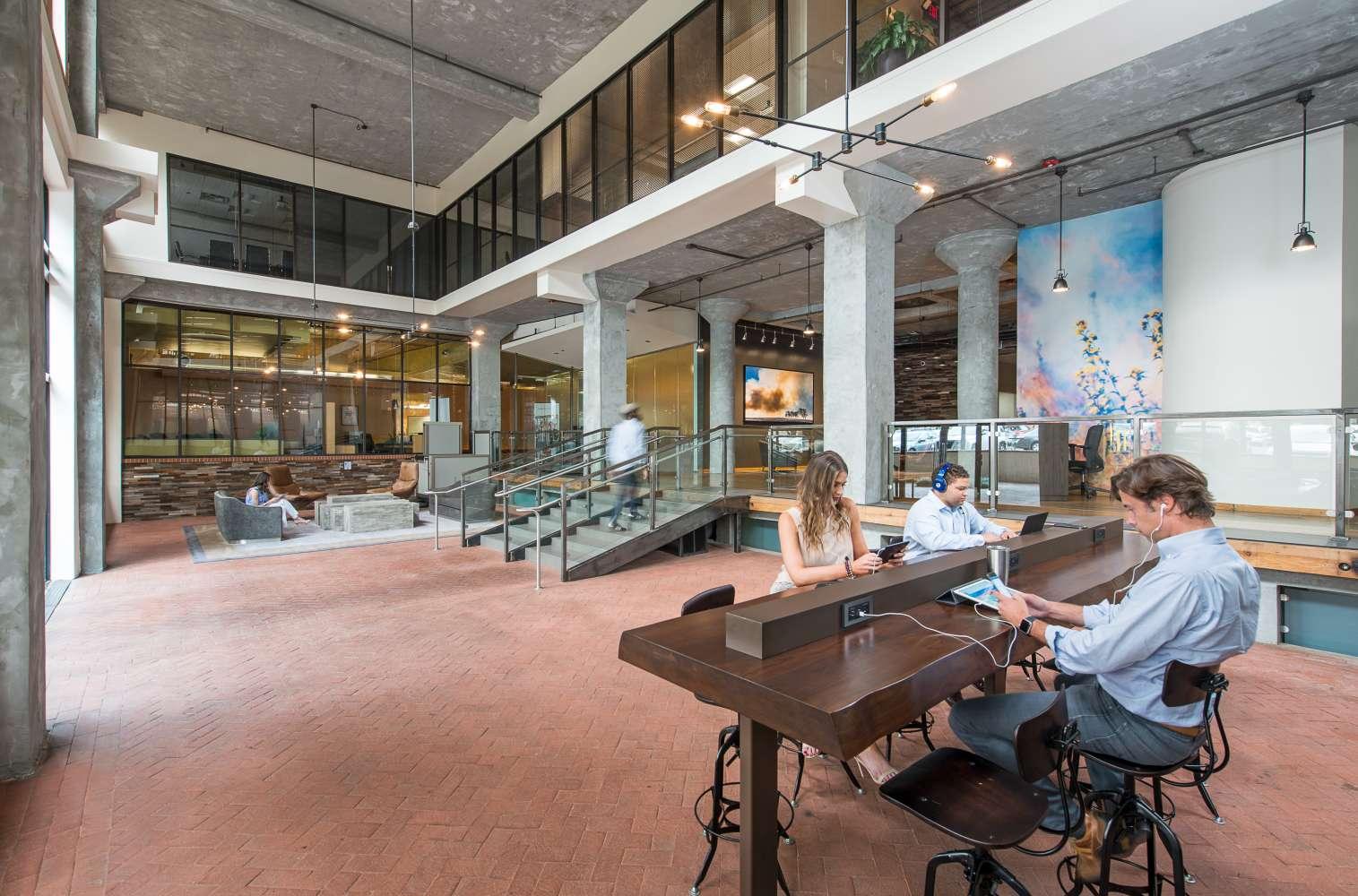 Office Dallas, 75202 - Landmark Center