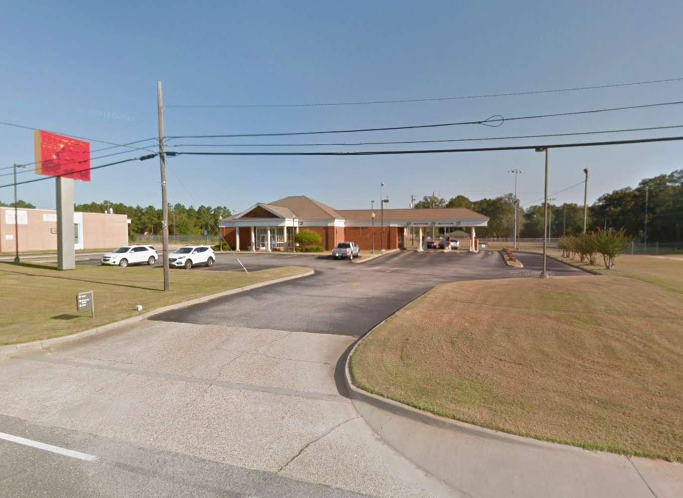Retail Daleville, 36322 - Daleville Former Bank