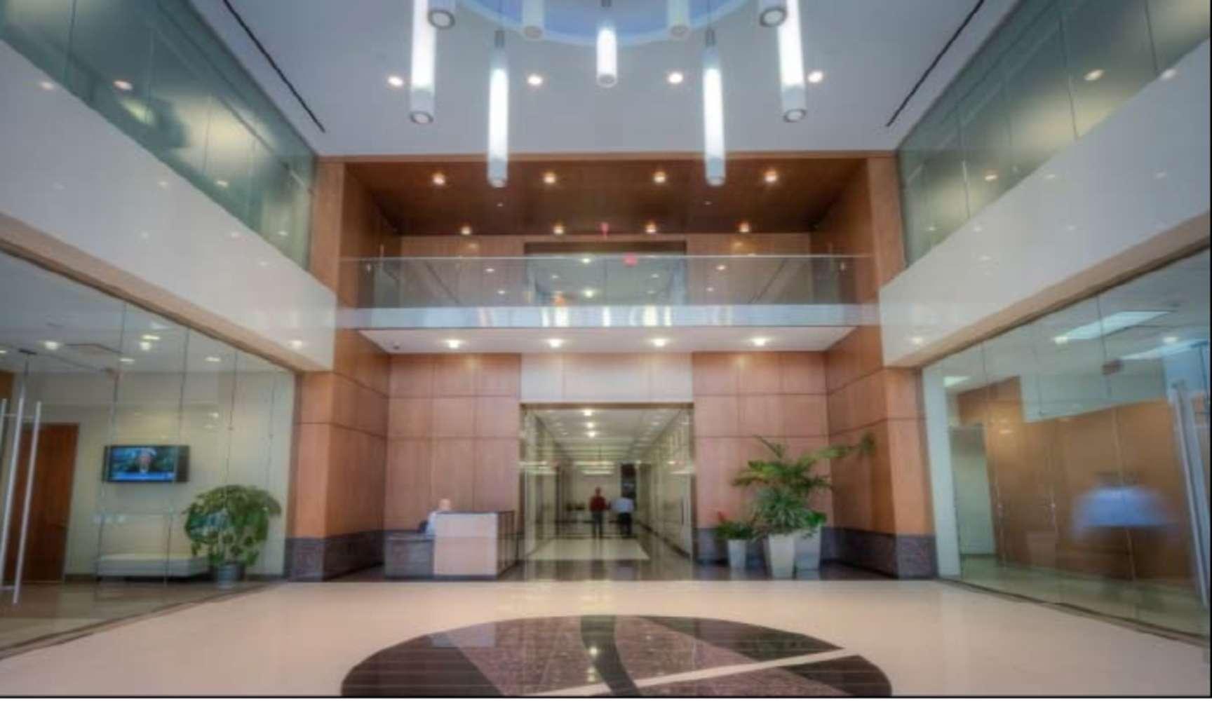 Office Houston, 77043 - Energy Tower III