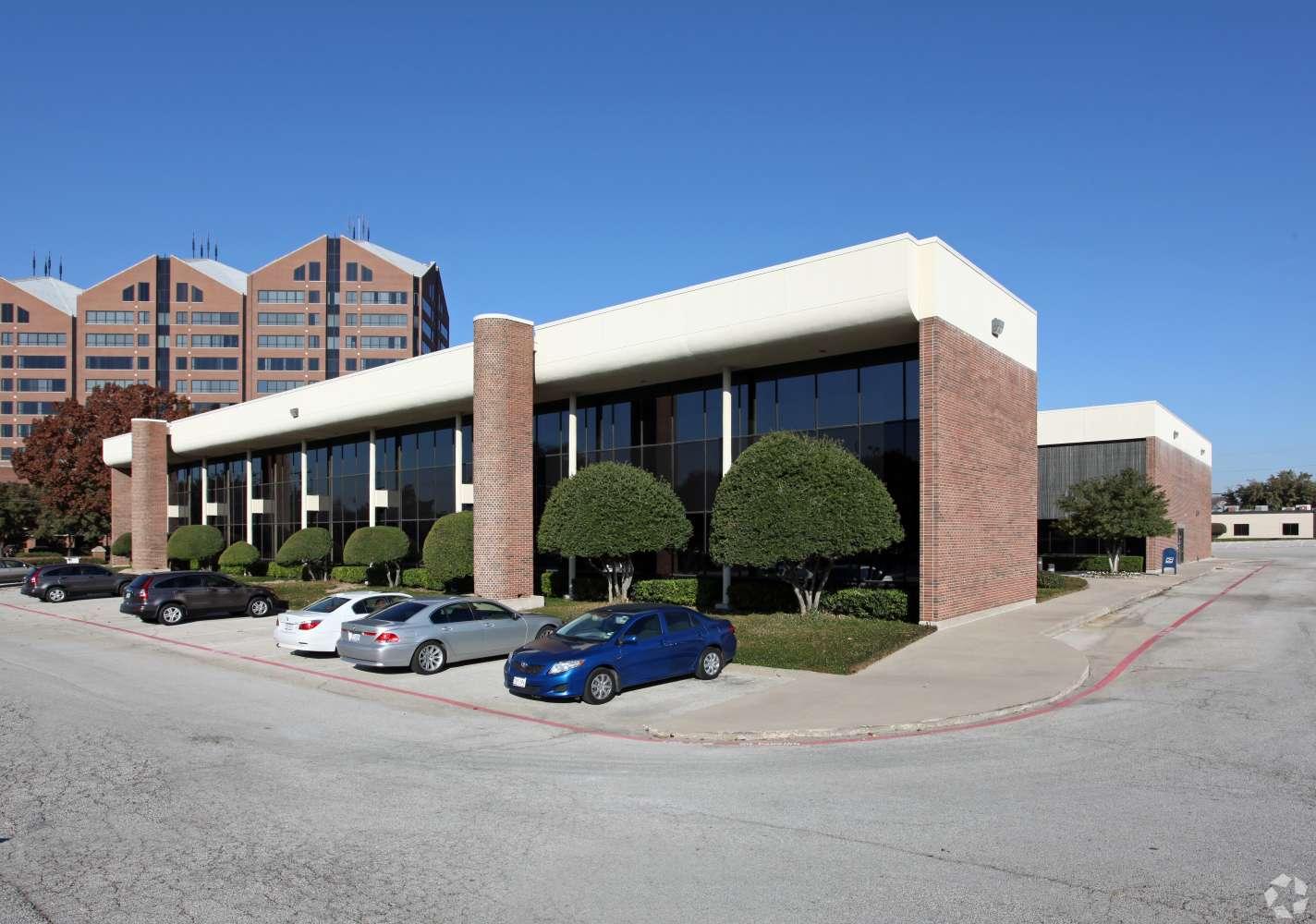Office Dallas, 75244 - Metropolitan Atrium