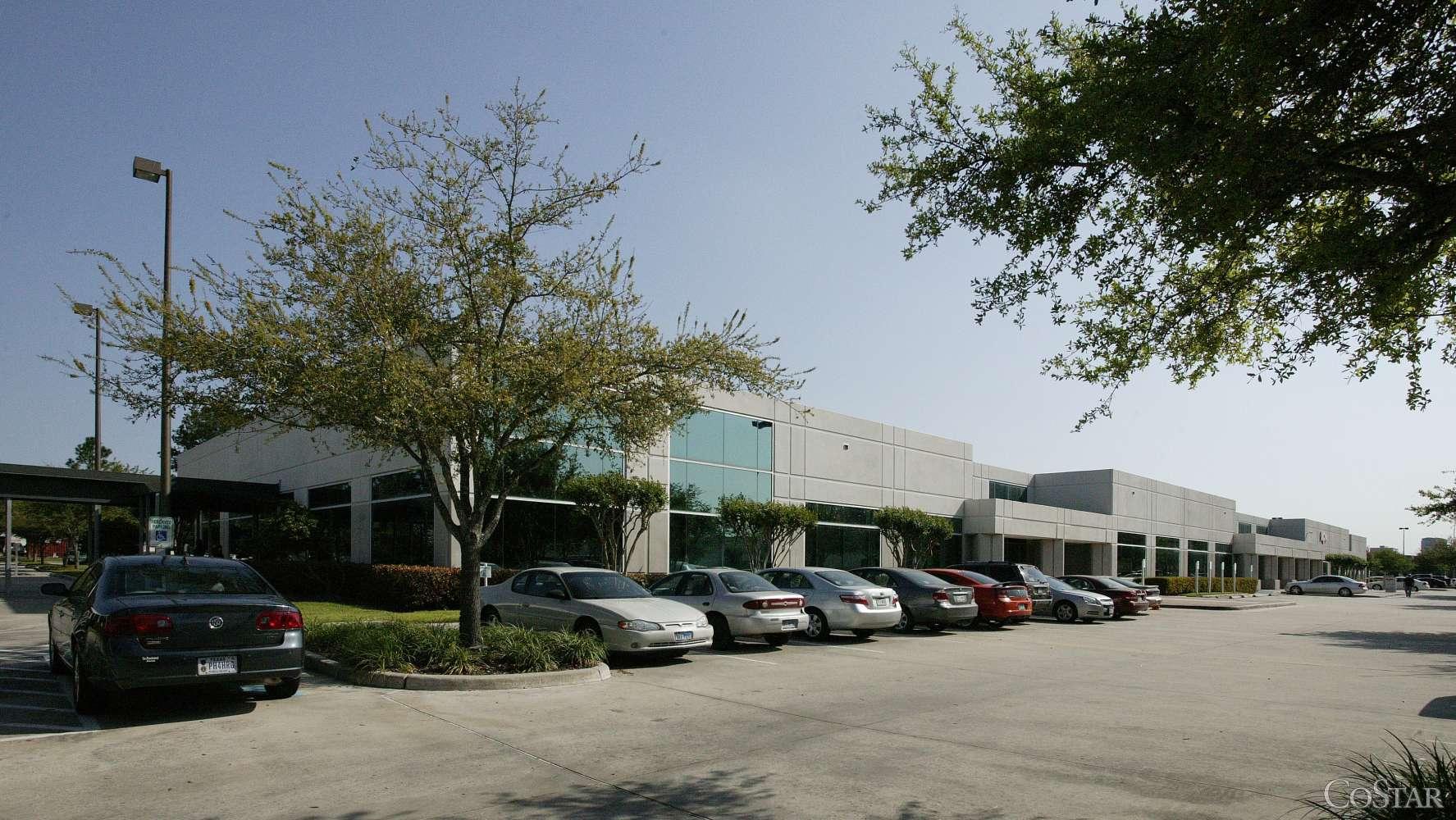 Office Houston, 77067 - 820 Gears