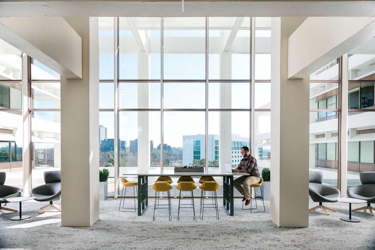 Office Atlanta, 30346 - South Terraces