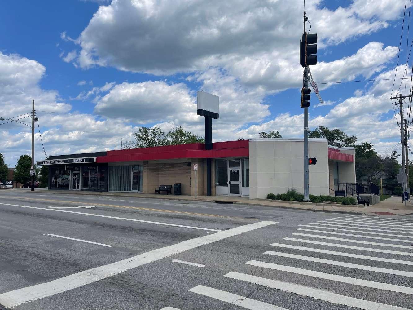 Retail Cincinnati, 45230 - 2202 Beechmont Avenue
