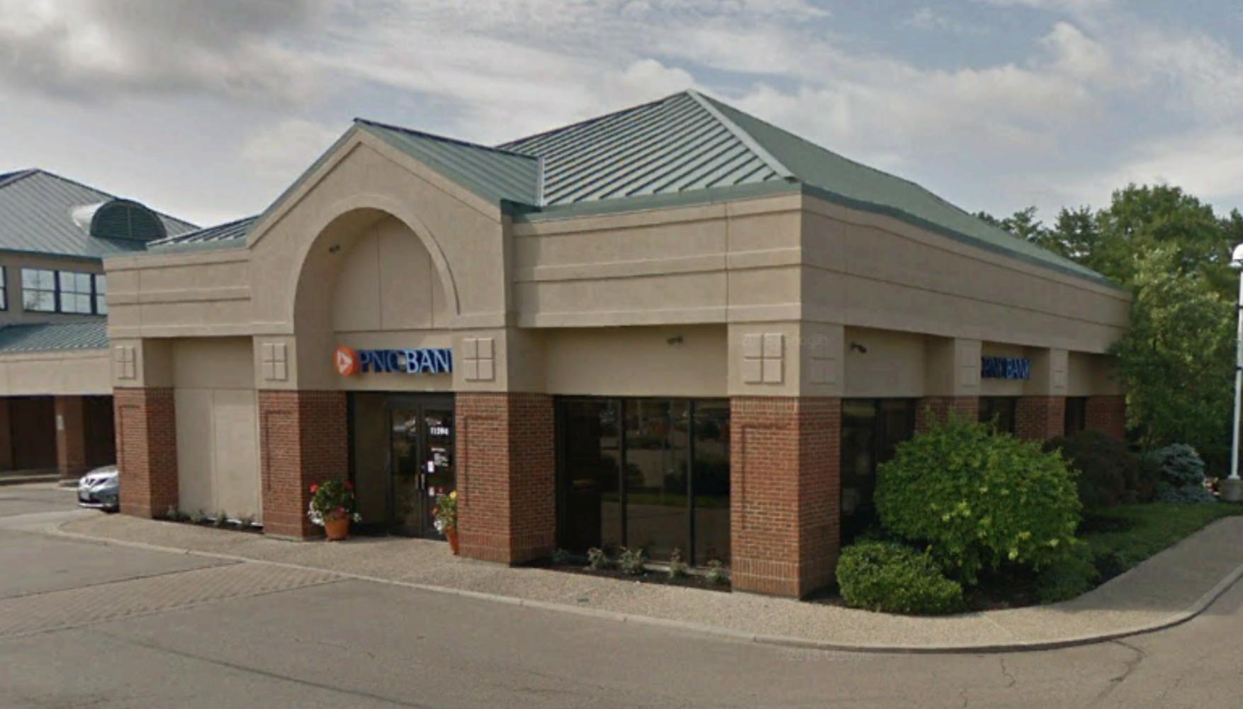 Retail Cincinnati, 45249 - 11294 Montgomery Road Cincinnati OH 45249