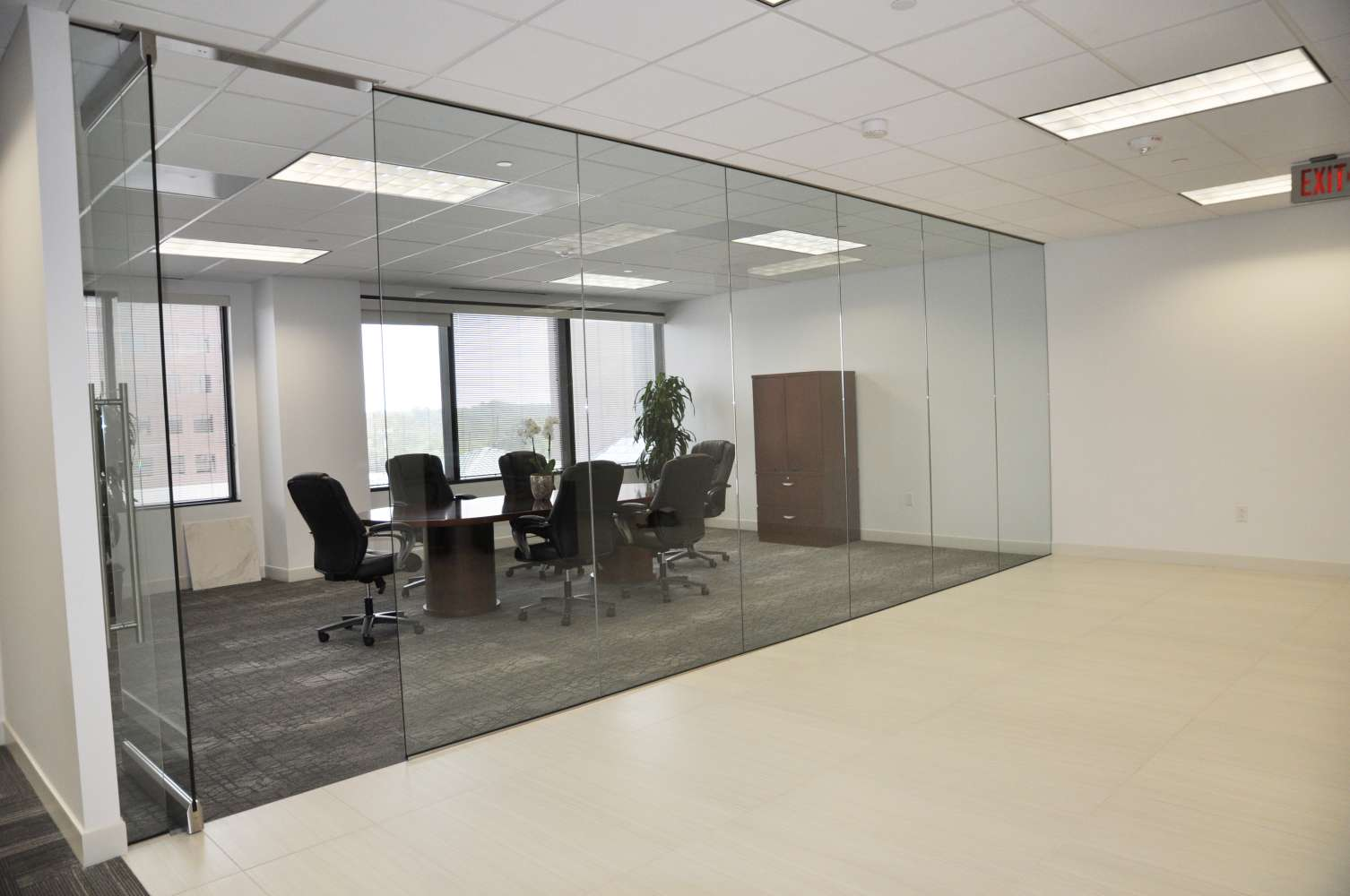 Office Dallas, 75220 - Bluffview Towers - East