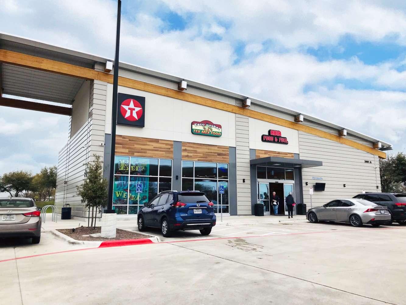 Retail Austin, 78719-2363 - ABIA Retail