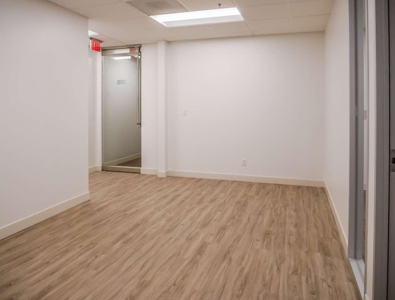Office Dallas, 75252 - Preston North