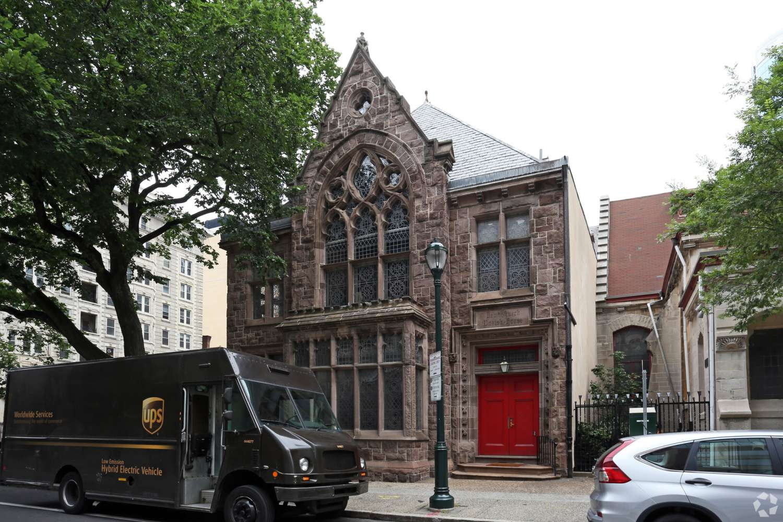 Office Philadelphia, 19103 - 22nd and Chestnut Street