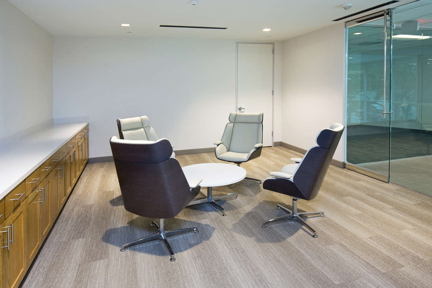 Office Dallas, 75234 - Element Towers West