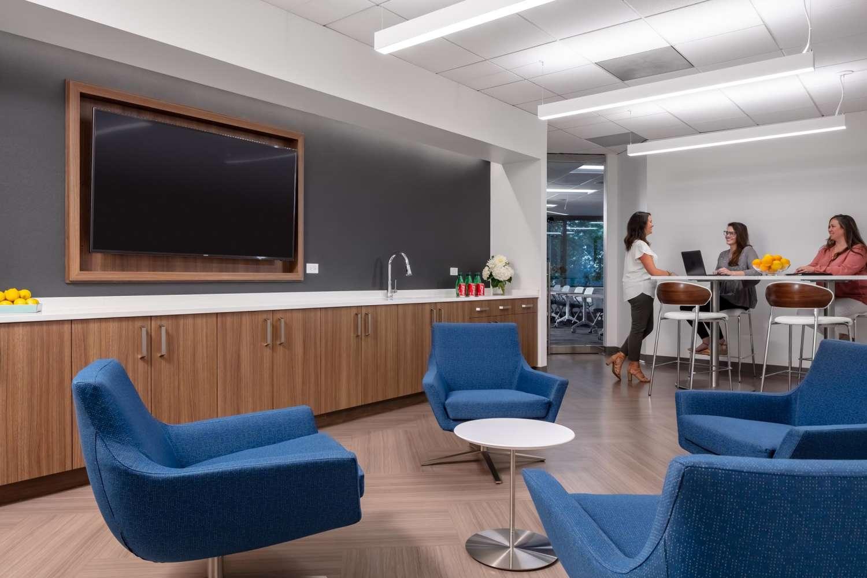 Office Atlanta, 30342 - Two Premier Plaza