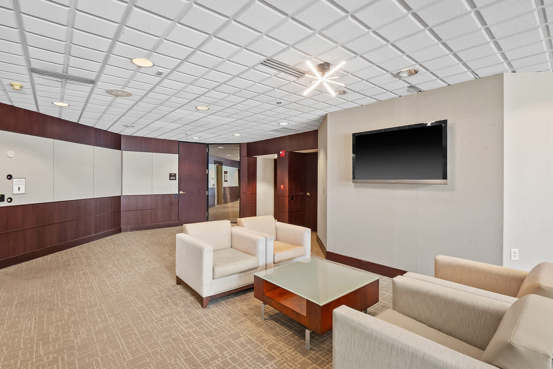 Office St louis, 63146 - Woodlands Plaza III