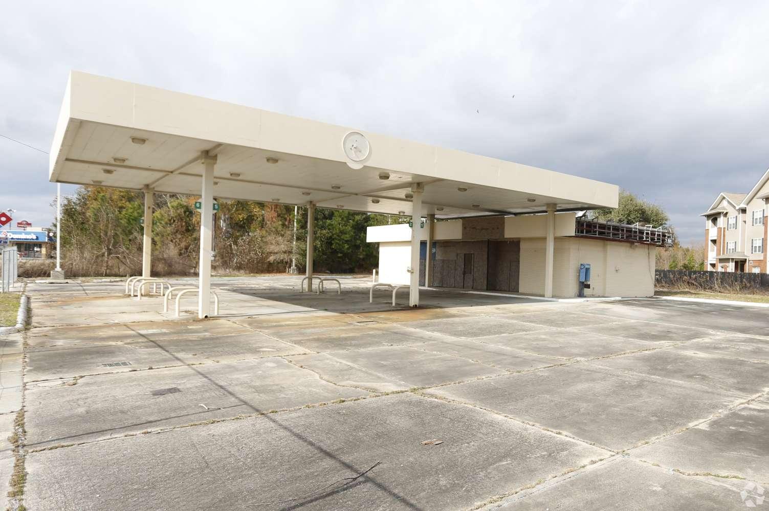 Retail Bay st. louis, 39520 - 455 Highway 90