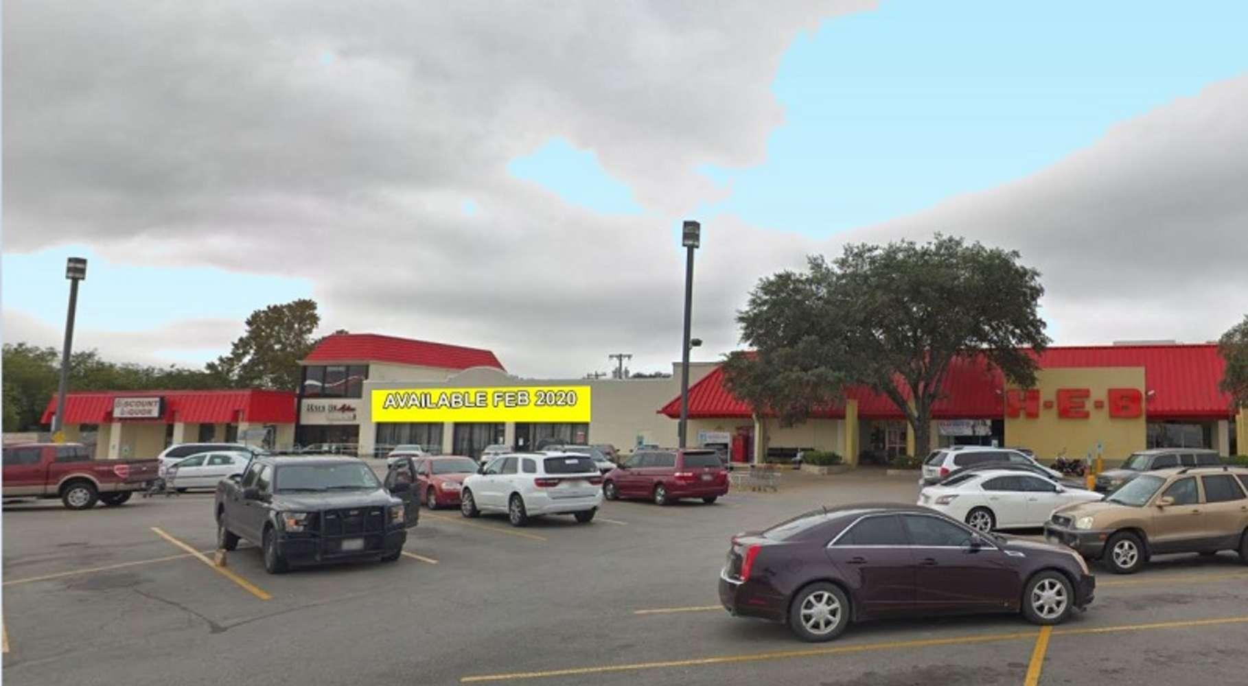 Retail San antonio, 78216-7202 - San Pedro and Oblate Center