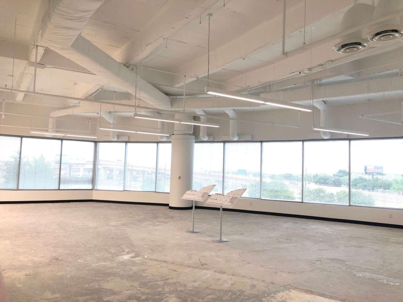 Office Dallas, 75287 - Interchange Office Center