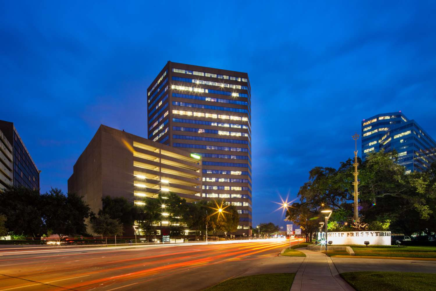 Office Houston, 77027 - 1800 West Loop South