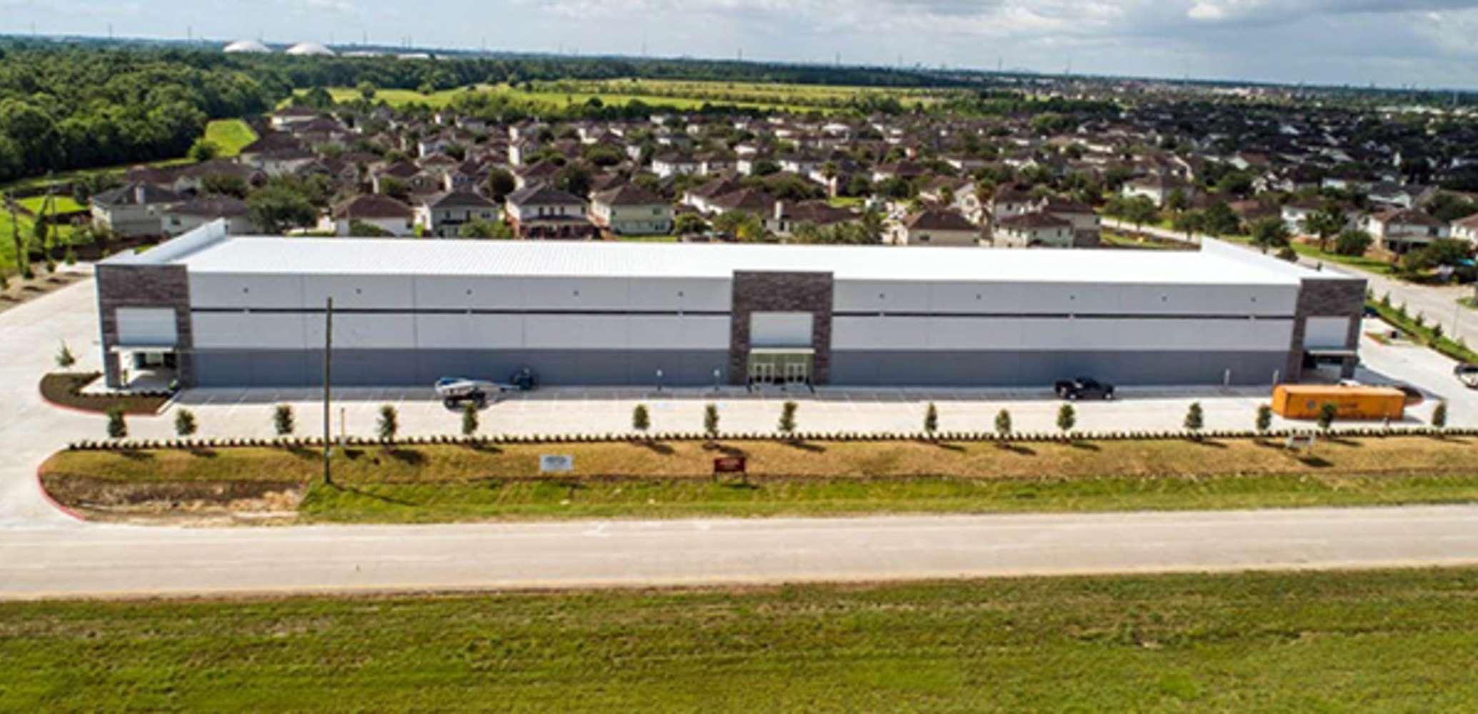 Industrial Houston, 77049 - 14700 Crosby Frwy