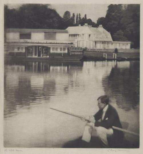 The White House Annan, James Craig  (Scottish, 1864-1946)