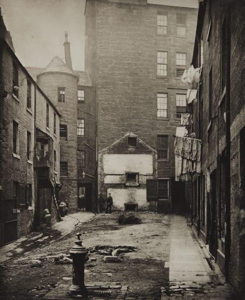 Closes Nos. 97 and 103 Saltmarket Annan, Thomas  (Scottish, 1829-1887)