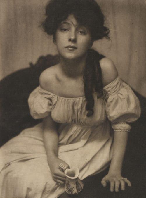 Portrait (Miss N.) Kasebier, Gertrude  (American, 1852-1934)