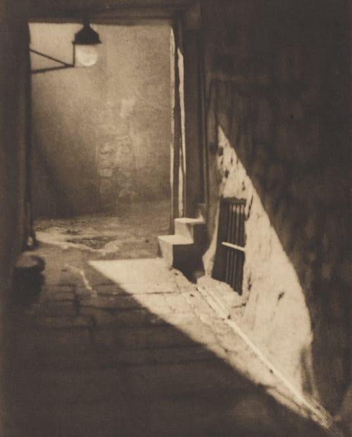 Weir's Close – Edinburgh Coburn, Alvin Langdon  (American, 1882-1966)