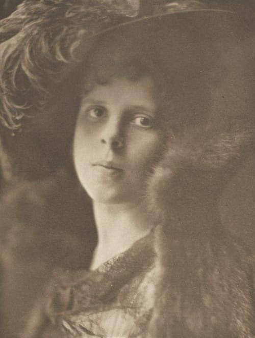 Gainsborough Girl Johnston, Frances Benjamin  (American, 1864-1952)