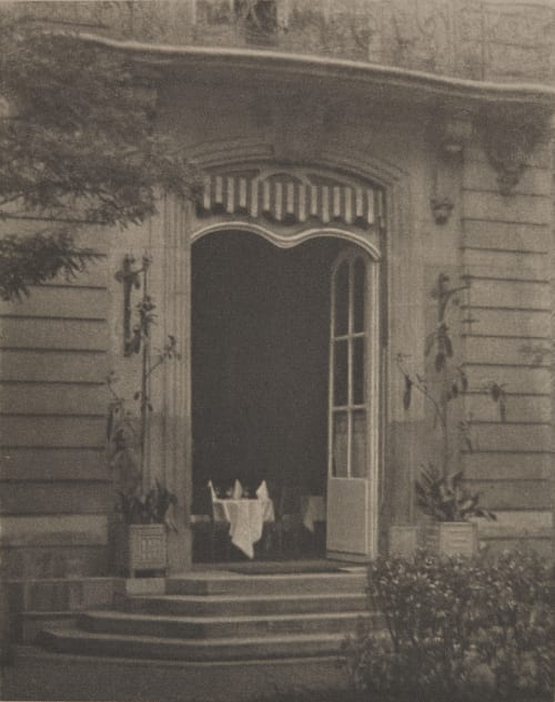 The Court of the Hotel Coburn, Alvin Langdon  (American, 1882-1966)