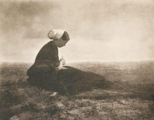 Netzflickerin (Mending Nets) Stieglitz, Alfred  (American, 1864-1946)