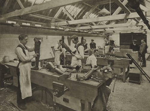 Limb Making Annan, James Craig  (Scottish, 1864-1946)