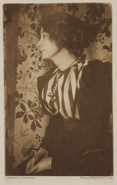 Portrait of a Lady Annan, James Craig  (Scottish, 1864-1946)