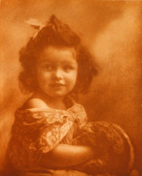 L'enfant au Manchon Marissiaux, Gustave  (Belgian, 1872-1929)