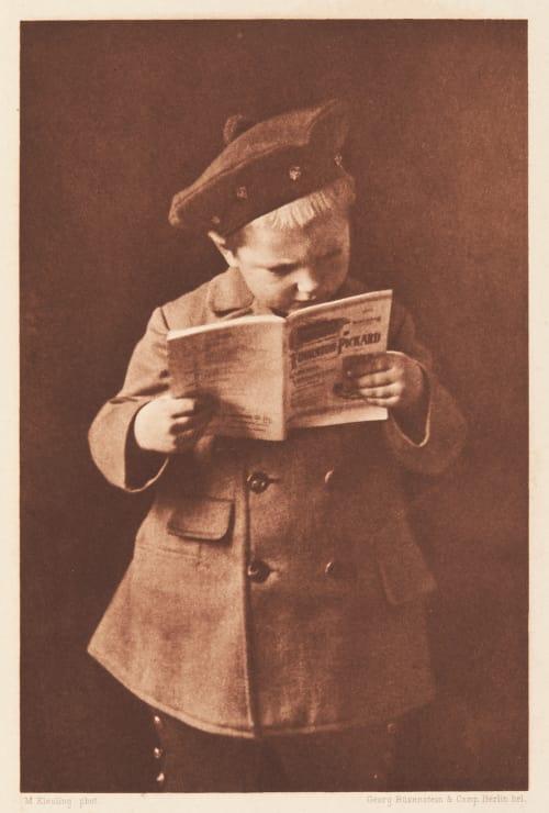 Lesender Knabe Martin Kiesling