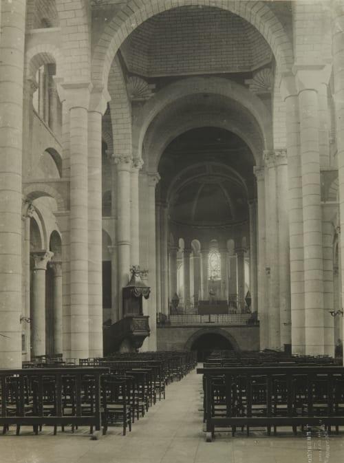 Pointers (Vienne) Église Saint  Hilaire – Le – Grand Robuchon, Jules Cesar  (French, 1840-1922)
