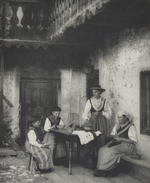 Casa Apollonio Bei Cortina. Rothschild, Nathaniel Mayer von  (Vienna, 1836-1905)