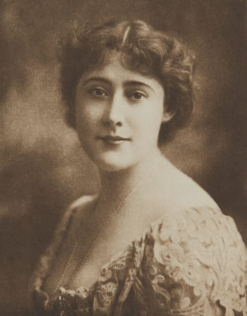 Miss Lilly Hanbury Various