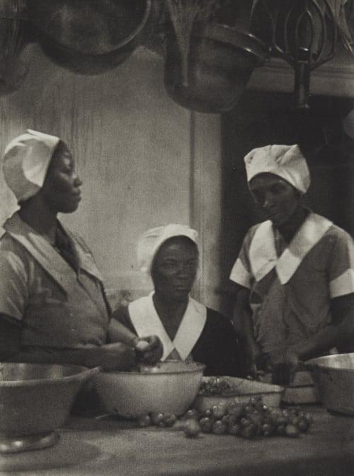 Plate 4 Ulmann, Doris  (American, 1882-1934)